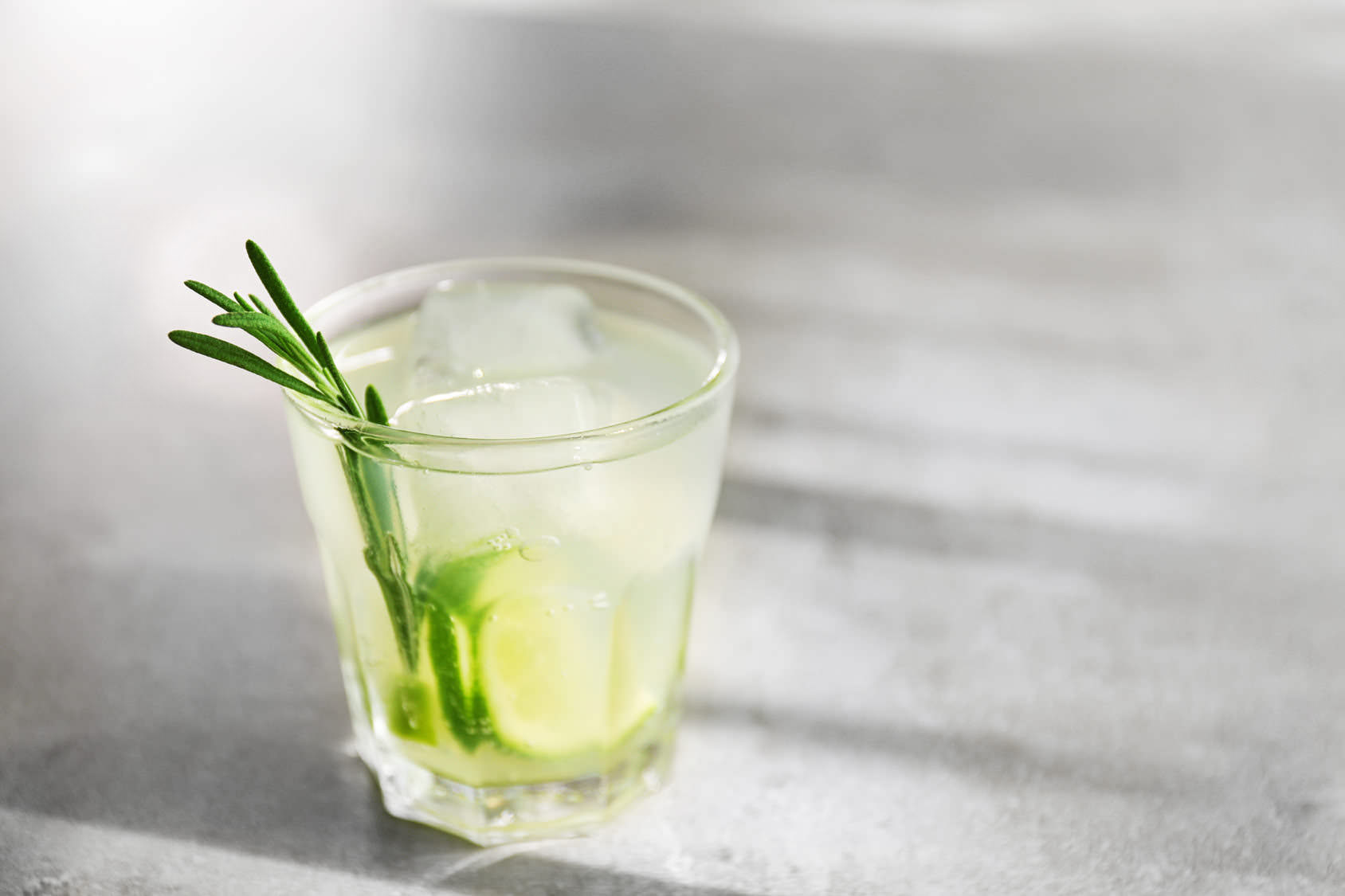 gin cocktail rezepte brennerei s dstrasse. Black Bedroom Furniture Sets. Home Design Ideas